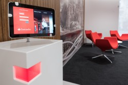 As son las oficinas select de banco santander for Oficina banco santander sabadell